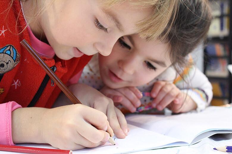 子供が楽しく学べるプログラミング教室 3選